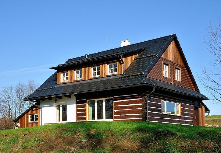 Na podzim se na dům podívejte z ptačí perspektivy