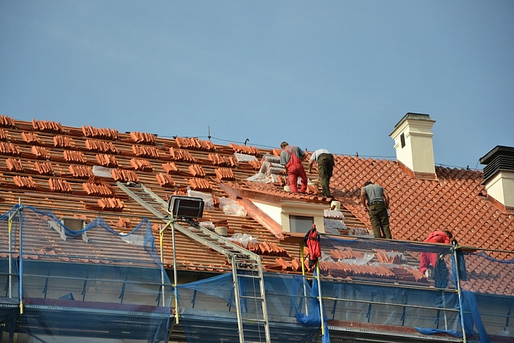 Práce na střeše byly dokončeny během 40 dnů