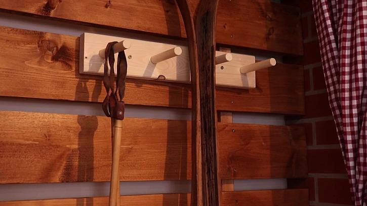 Kam doma s lyžemi Vyrobte si domácí stojan na lyže (Zdroj: Prima DOMA)
