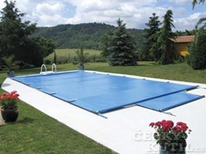 Podzimní výdaje kolem bazénu ušetří čas i peníze na jaře