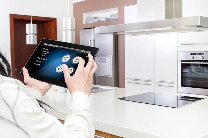 Koncept chytré domácnosti se postupně rozšiřuje i do kuchyně