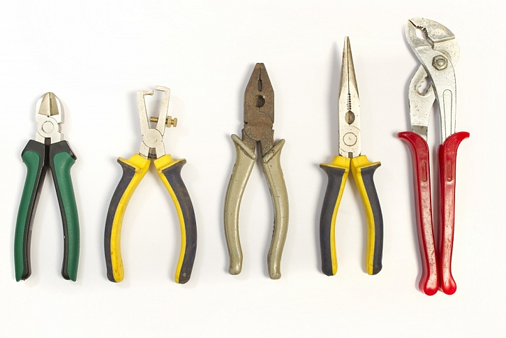 Kleště použijete při vytahování hřebíků ze dřeva nebo třeba pro přeštípnutí drátu