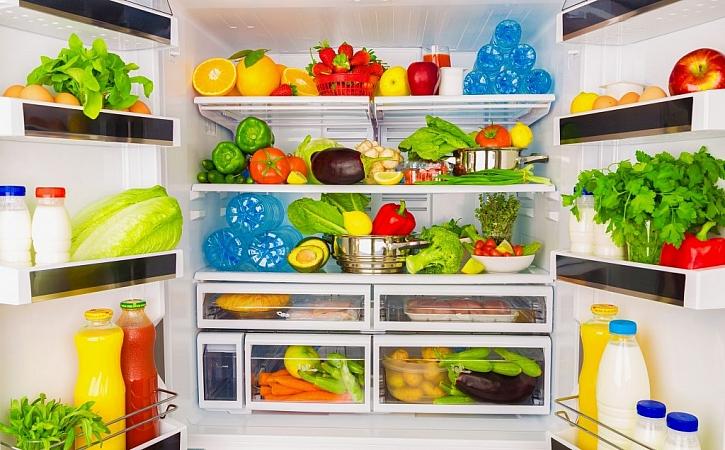 Přeplněná lednice, ani prázdná lednice, není to nejlepší