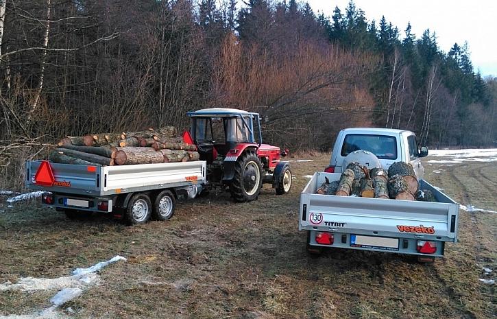 Přívěsy za auto i traktor