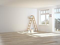 Jak efektivně oškrábat starou barvu ze zdi