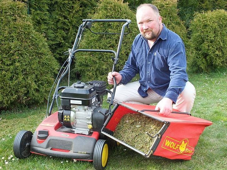 S vertikutátory Wolf-Garten hustší a zdravější trávník