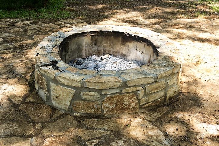 Kamenné ohniště