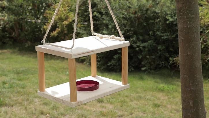 Jak vyrobit ptačí krmítko