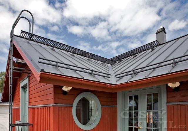 Funkční střecha aneb Od nosné konstrukce až po střešní plechy