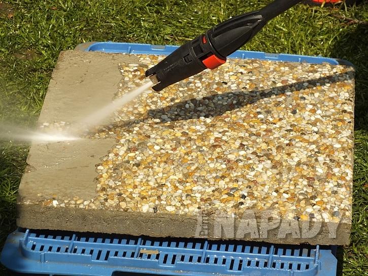 Zbytky betonu odstraníme z pochozí vrstvy vysokotlakou myčkou