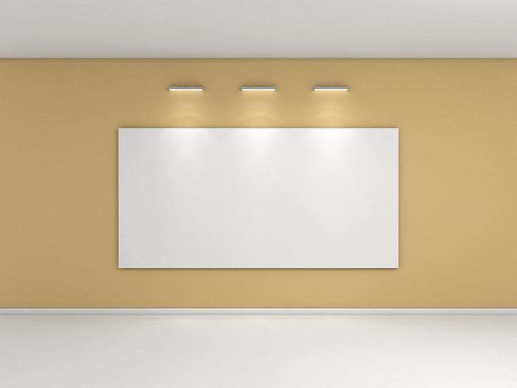 Sálavý topný panel může viset na stěně jako obraz, design si můžete zvolit sami