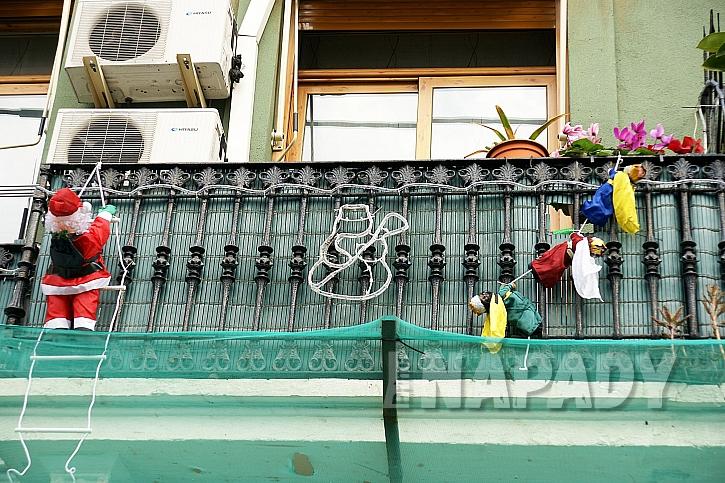 Balkonová výzdoba