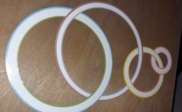 Papírové kruhy jako dekorace