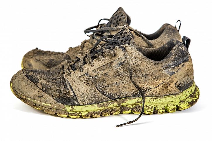 Pořádně zablácené boty