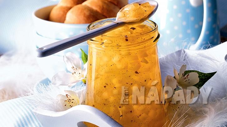 Recept na jablečné želé s kousky hrušek