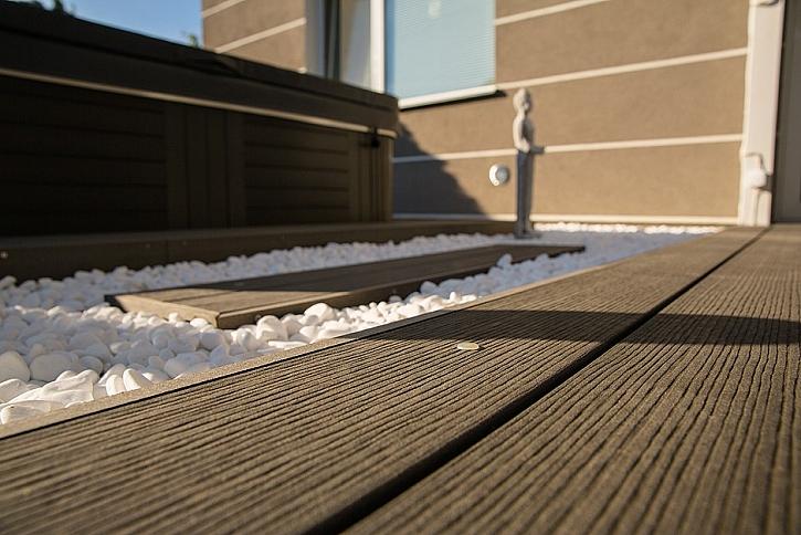 Unikátní vlastnosti a výhody terasových prken MAX