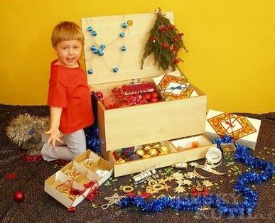 Bedna na vánoční ozdoby