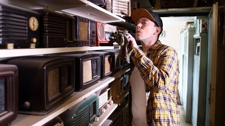 V pořadu Vychytávky Ládi Hrušky navštívíme mimo jiné sbírku rádiových přijímačů