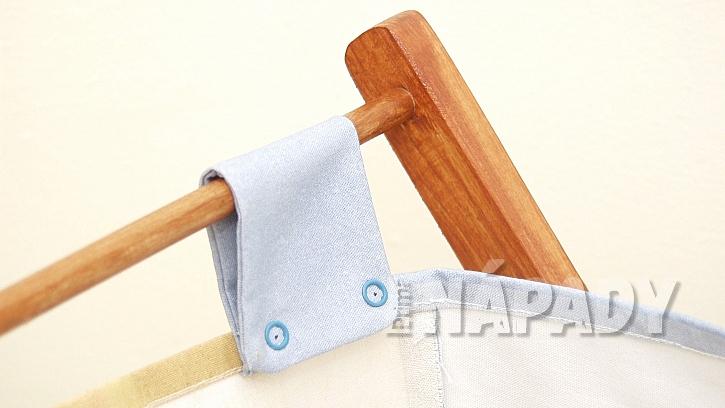 Skládací koš na prádlo: na poutka připevníme druky