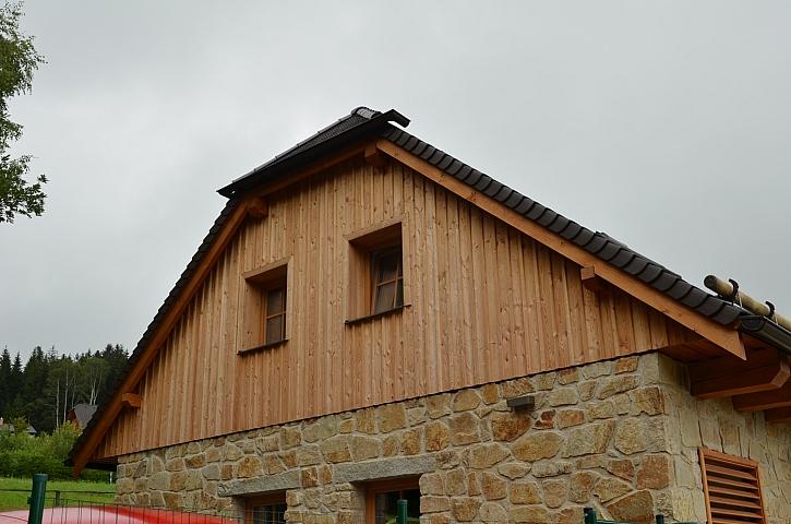 Provětrávané fasády z cihel HELUZ FAMILY nepotřebují vkládat tepelnou izolaci