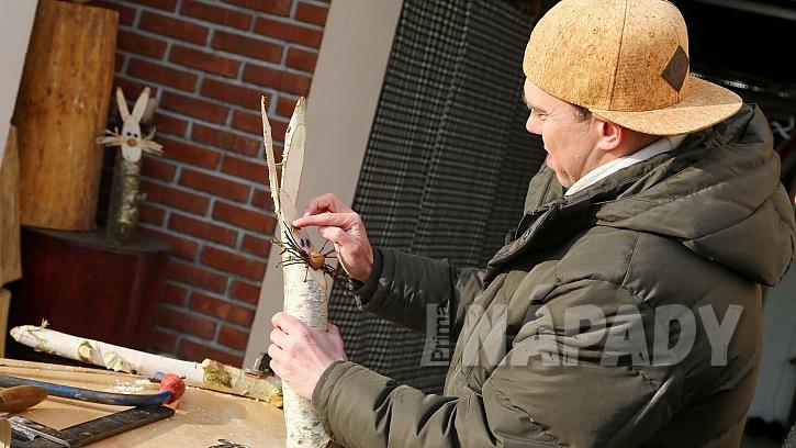 Návod na výrobu dřevěného zajíce: zjehněd uděláme obočí
