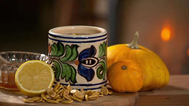 Připravte si dýňový čaj 2 v 1