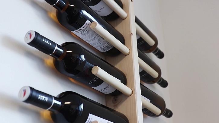 Vyrobte si originální vinotéku na zeď (Zdroj: Prima DOMA)