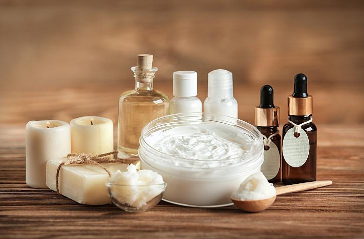 Vyrobte si doma vlastní přírodní kosmetiku (Zdroj: Depositphotos)