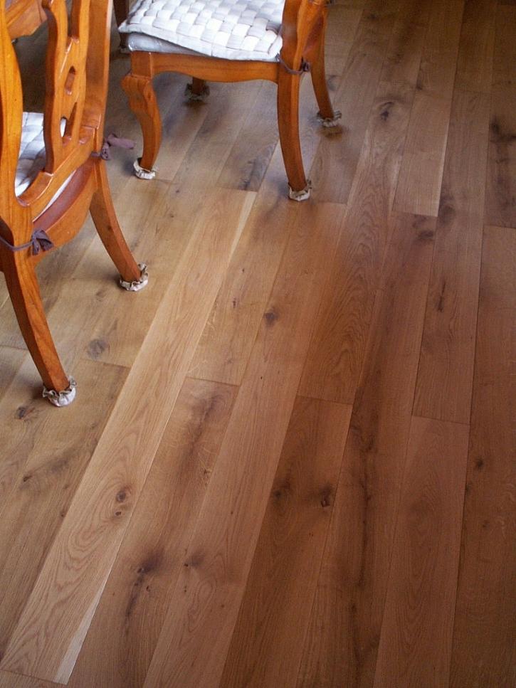 Dřevěná masivní podlaha do každého interiéru