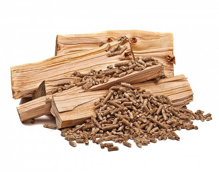 Pelety, dřevo