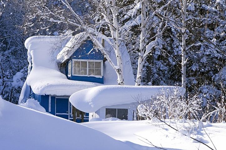 Co vyžaduje střecha v zimě
