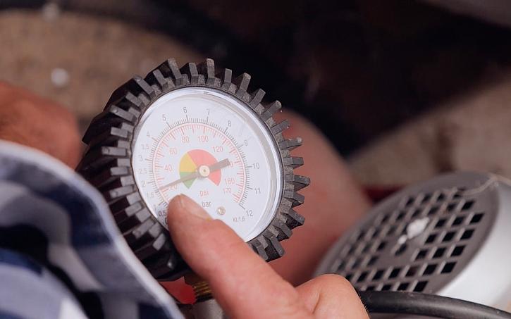 Video návod dofouknutí expanzní nádrže u domácí vodárny