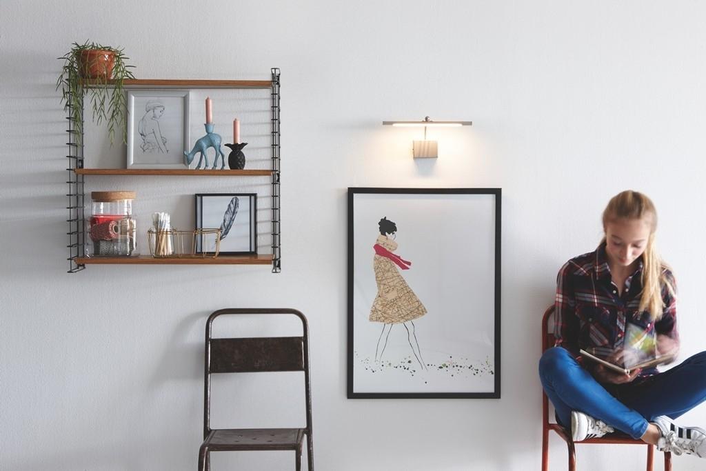 Osvětlení zrcadel, obrazů i šaten