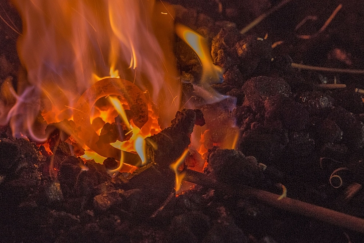 Oheň z výhně