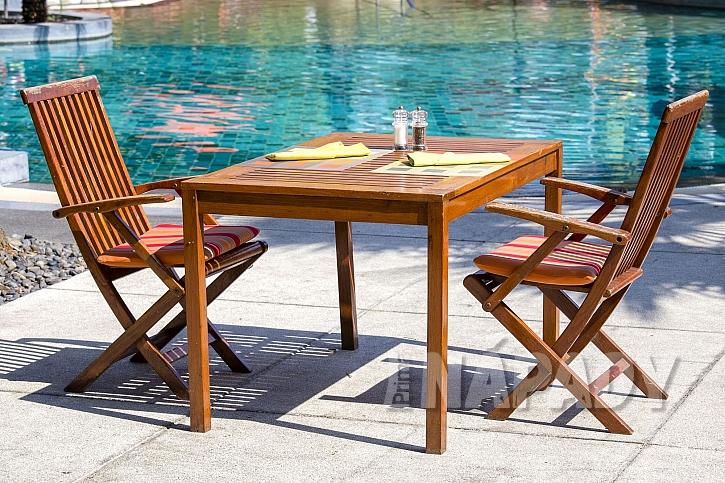 Dřevěné skládací židle