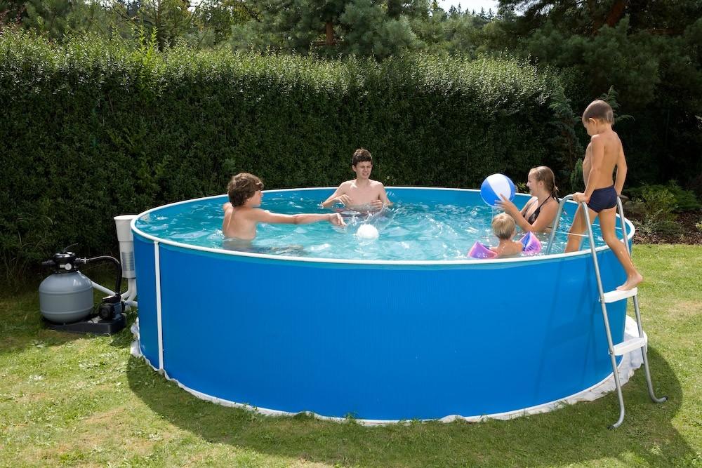 Jak si ohřát vodu v bazénu