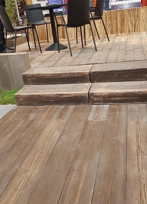 Beton jako dřevo - dlažba WOODY