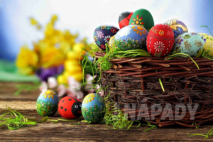 K barvení vajec můžete využít různé techniky (Zdroj: Depositphotos.com)