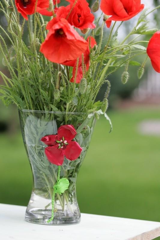 Nevadnoucí květy máku