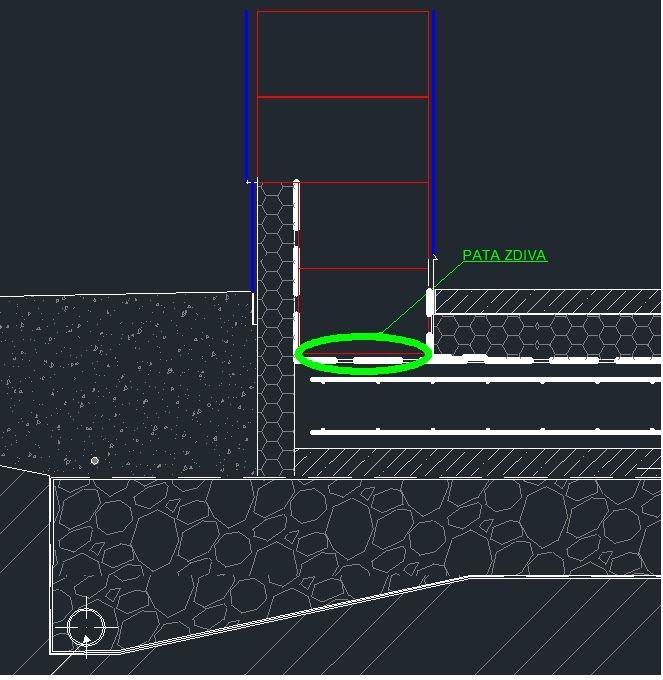Obrázek č.1 detail paty zdiva (Stavba první pasivní dům z jednovrstvého zdiva HELUZ Family 2 in 1
