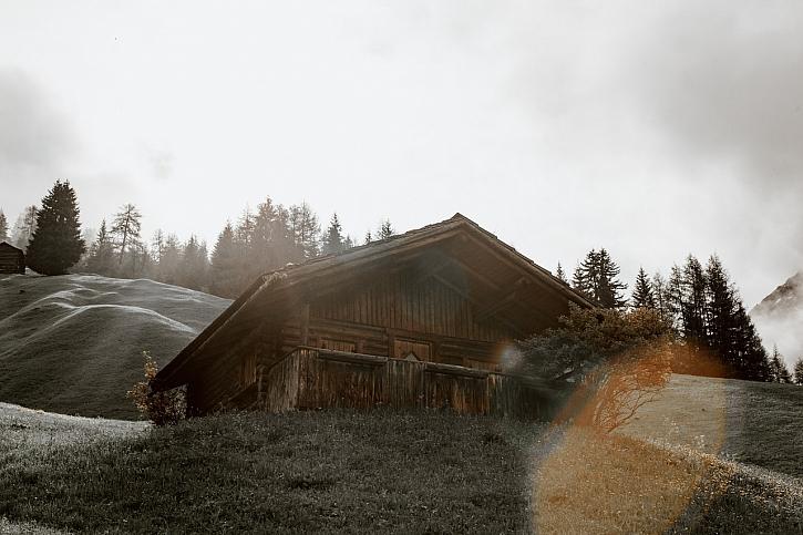 pexels-eberhard-grossgasteiger-4406592