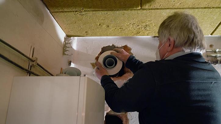 Fachmani se pustili do instalace komínových vložek