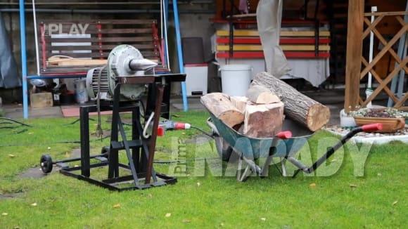 Domácí kutil: štípačka na dřevo, štěpkovač na větve
