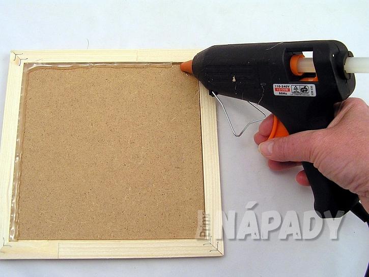 Mazací tabulka z vosku: připravte si rámeček