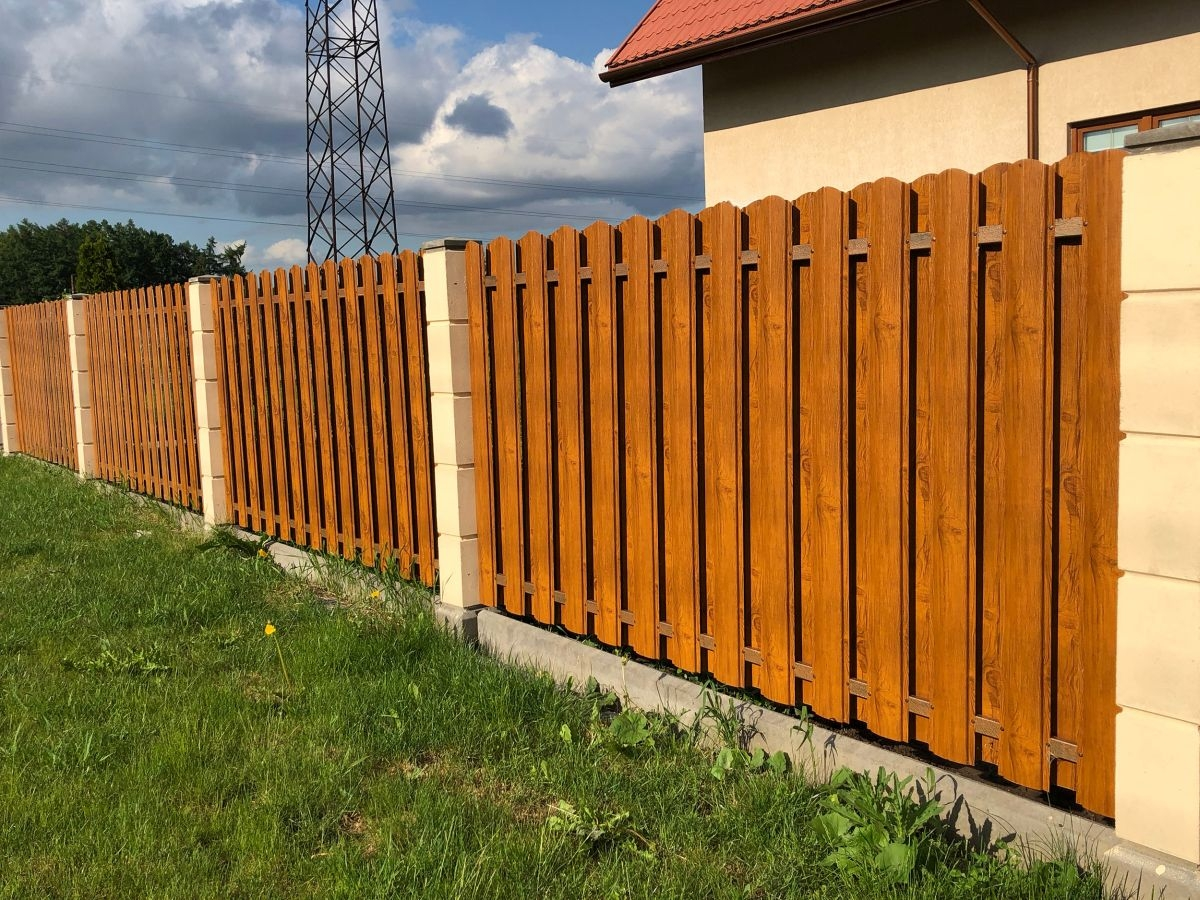 Tip na nátěr plotu lazurou