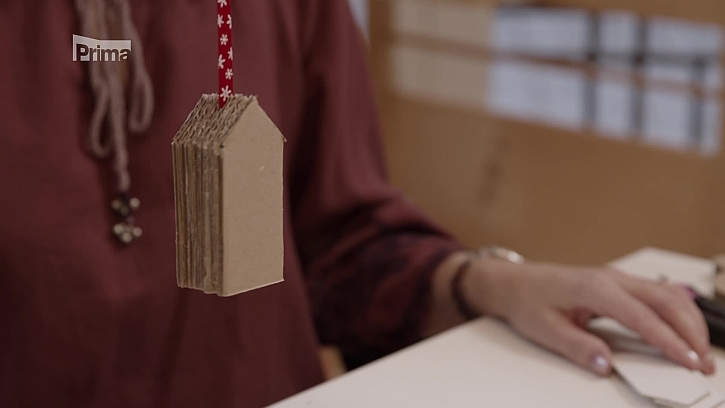 Jak vyrobit nábytek z kartonu? (Zdroj: Nábytek z kartonu)