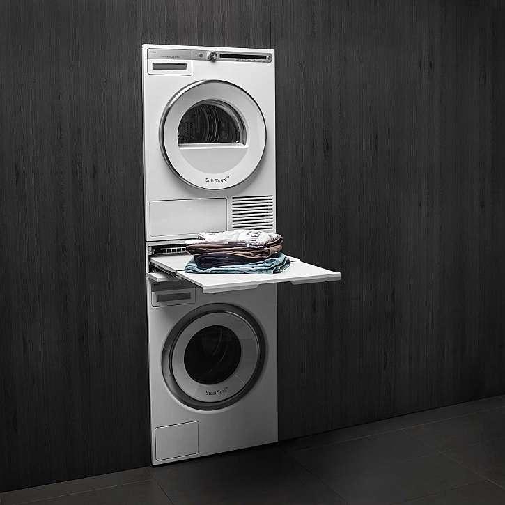 V prádelně, kde nemusí být zrovna místa nazbyt, by nemělo chybět ani další příslušenství pro péči o prádlo, které nezabírá místo na podlaze