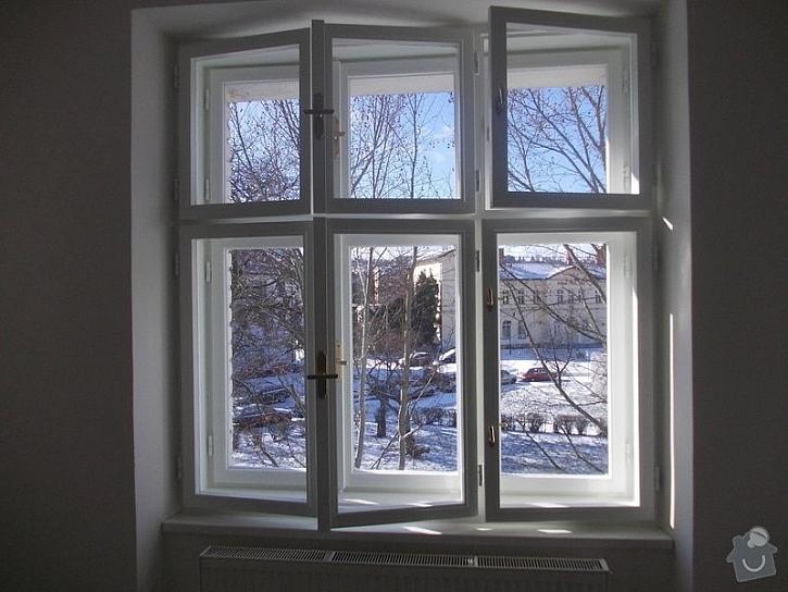Stará dřevěná okna jednou doslouží a bude potřeba je vyměnit