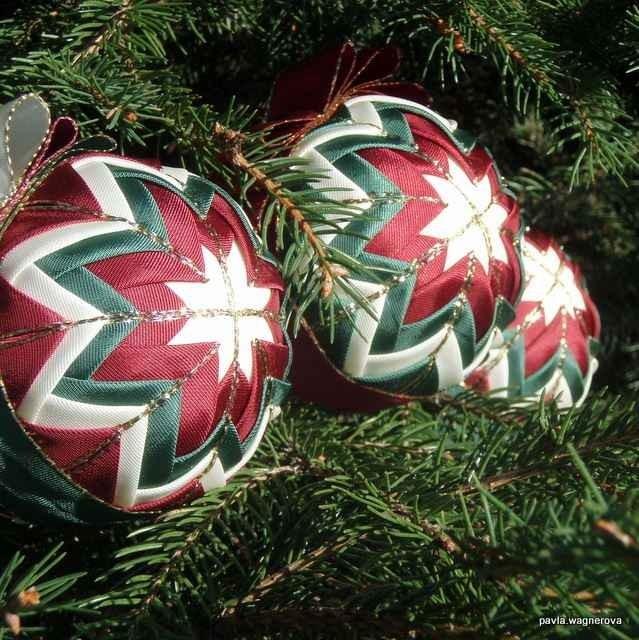 Patchwork - vánoční ozdobné koule