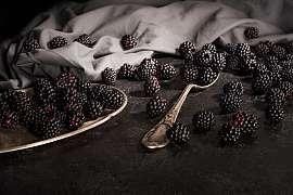 Obliba černého ovoce stále stoupá